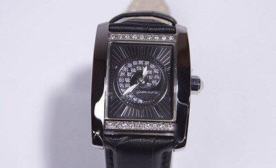 Překrásný dárkový set s bílými nebo černými hodinkami získáte na módním  nákupním portálu ZOOT.CZ se slevou 62 %. e159682e4b