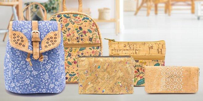 Peněženky, psaníčka i batohy z ekologického korku