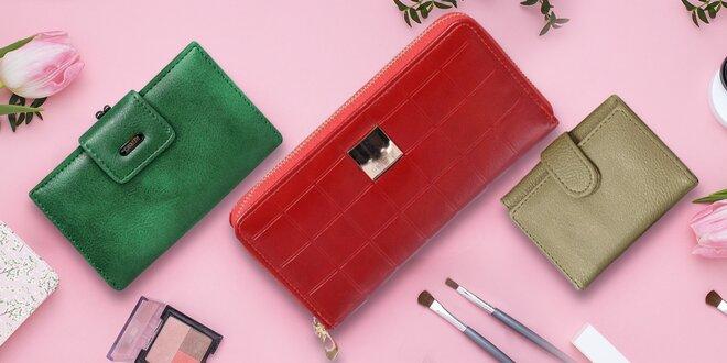 Dámské peněženky: na výběr z více druhů i barev