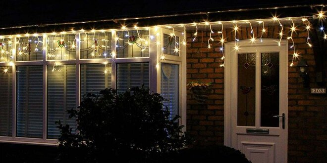Vánoční světelný déšť: 20 m, studená i teplá bílá