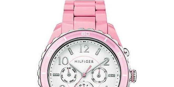 3ba5bfed1 Dámské světle růžové hodinky Tommy Hilfiger s plastovým páskem ...