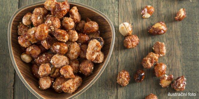 Oříšky v karamelu: vlašské, kešu, lískové i mandle