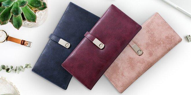 Elegantní dámská peněženka s přezkou