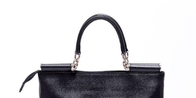 Dámská černá kožená retro kabelka Carla Ferreri  2b5a6bc0e87