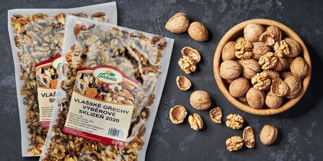 Vlašské ořechy na zobání i pečení: balení po 500 g