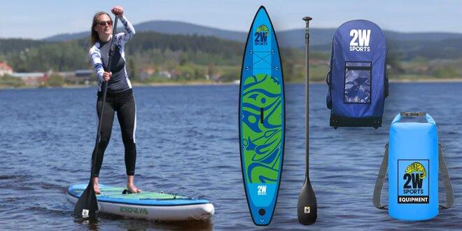 Hurá na vodu: paddleboard, pádlo i vak a sedačka