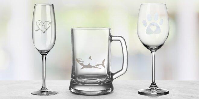 Skleničky na víno, sekt i pivo s vlastním motivem
