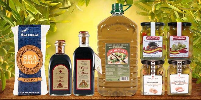 Olivy s datlemi, ananasem a ořechy i olivový olej