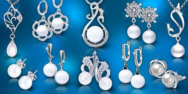 Elegantní perlové náhrdelníky a náušnice