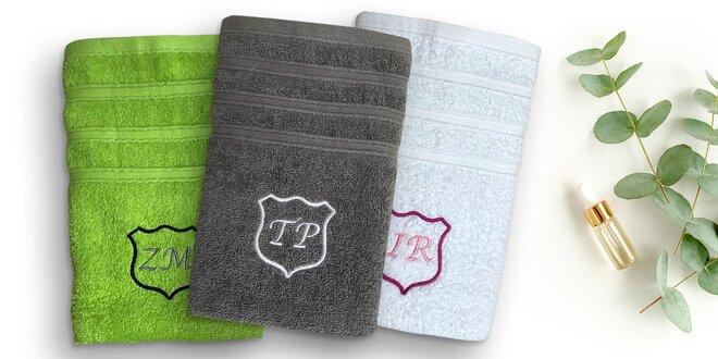 Froté ručník s výšivkou erbu a s iniciály