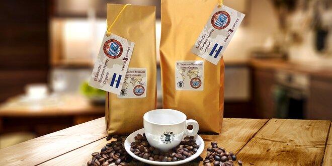 Vybrané kávy z celého světa pražené v Medlešicích