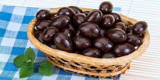 Mandle v mléčné, hořké i bílé čokoládě, 250–1000 g