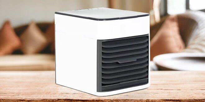 Výkonná stolní klimatizace s vodní nádržkou