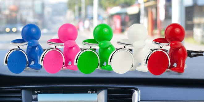 1 nebo 3 panáčci do klimatizace auta: různé vůně