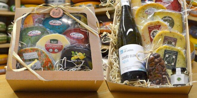 Dárkové kazety: sýry, klobásky i různé delikatesy