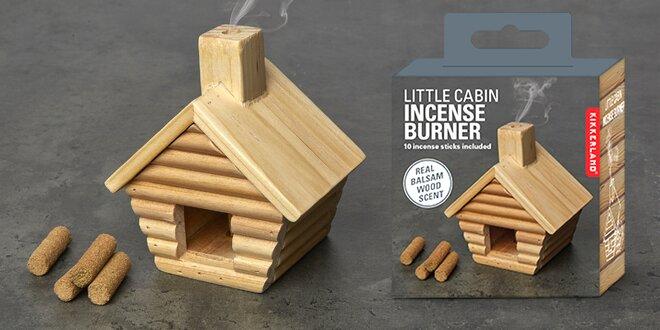 Dřevěné vykuřovadlo ve tvaru chaloupky a 10 špalíčků