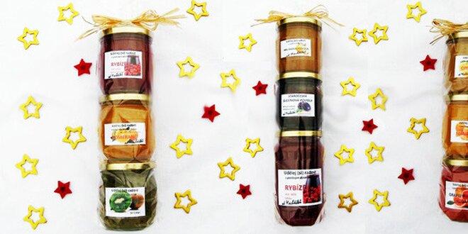 Vánoční balíčky domácích džemíků, povidel a marmelád