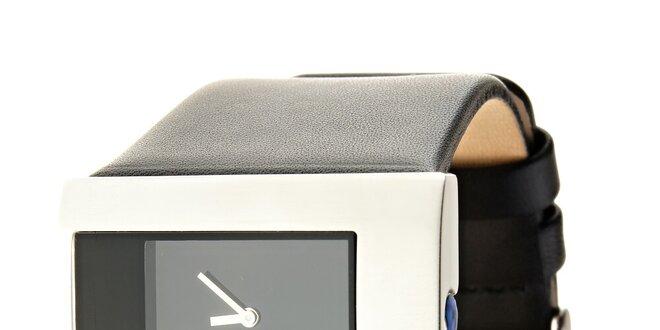 Dámské černo-stříbrné náramkové hodinky Danish Design s černým koženým řemínkem