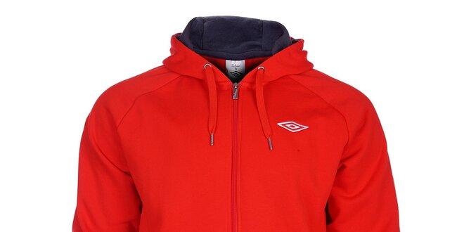 Pánská sytě červená mikina Umbro s kapucí a zipem  cca3c6a4d16