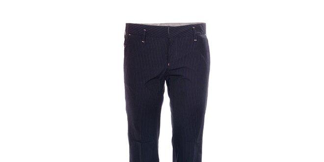 Elegantní dámské kalhoty značky Rare s jemným proužkem  03333f2cb4