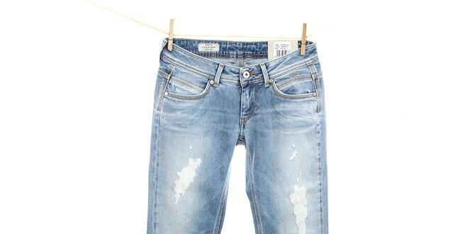 0b57781847b Dámské světle modré slim fit džíny Pepe Jeans