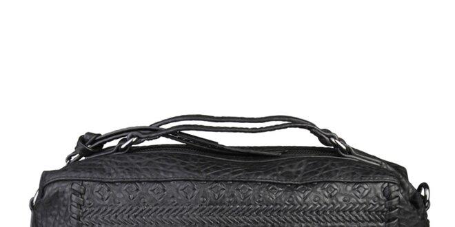 Dámská černá podlouhlá kabelka s cvočky Sisley