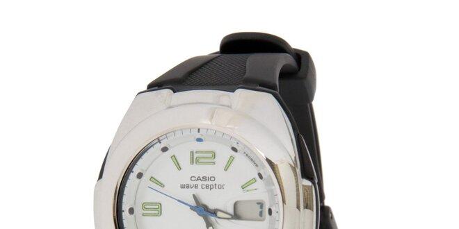 Pánské ocelové hodinky Casio s černým pryžovým řemínkem  e1db5b36cac