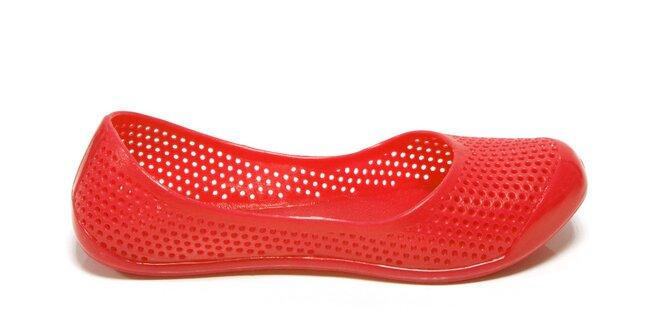 Dámské červené perforované baleríny Favolla
