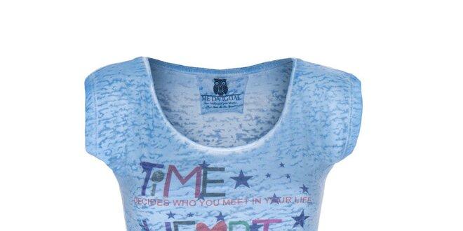 Dámské modré tričko s barevným nápisem Me Da Igual