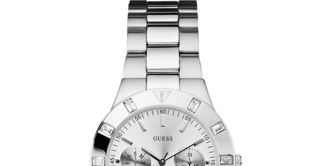 Dámské stříbrně tónované ocelové hodinky s chronografem Guess