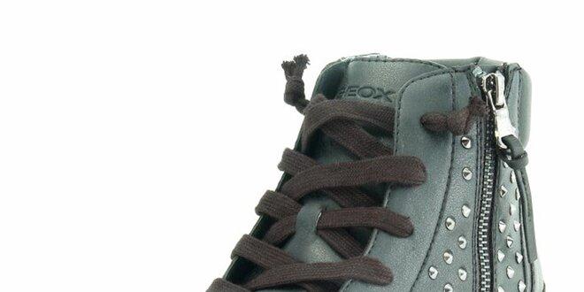 Dámské černé kotníkové tenisky s cvočky Geox