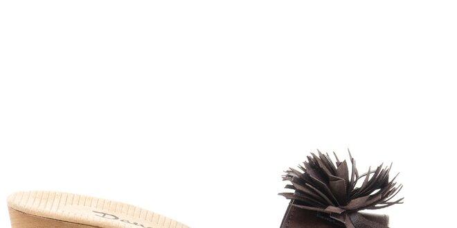 Dámské kožené sandály s tmavě hnědým páskem Daneris