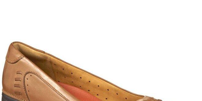 Dámské světle hnědé kožené botky Clarks