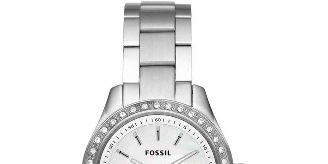 Dámské stříbrné hodinky s kamínky Fossil  5b2fa7ecff