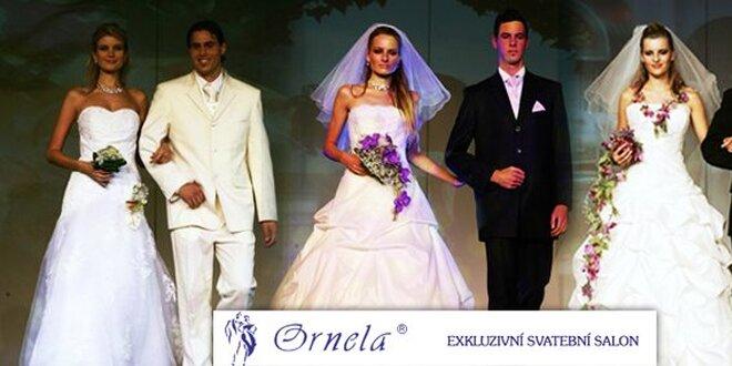 zavěsit svatební svatební šaty