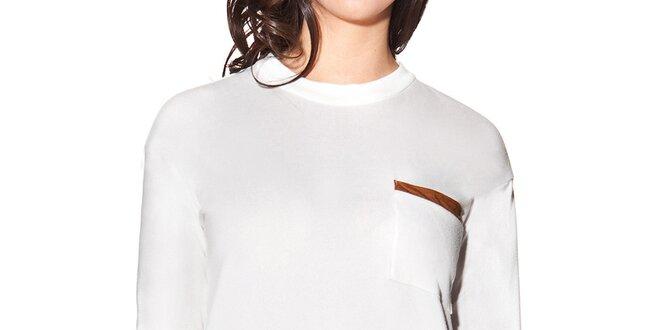 476b729fd8b Dámské bílé prodloužené tričko s kapsičkou na hrudi Joana and Paola ...