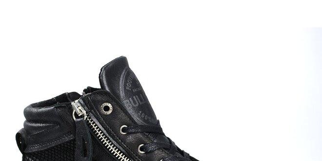 Dámské černé kotníkové tenisky se vzorem Bullboxer