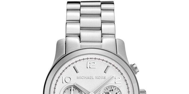 f6c77df7b0 Dámské hodinky ve stříbrné barvě Michael Kors
