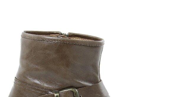 Dámské hnědé kožené boty s přezkou Giorgio Picino  6e1b52defa1