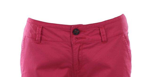 97a321375413 Dámské růžovočervené bermudy Timeout