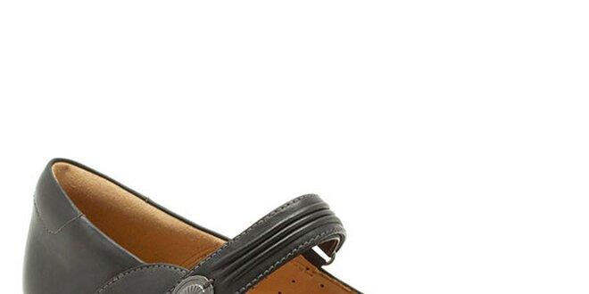 Dámské černé boty s páskem přes nárt Clarks