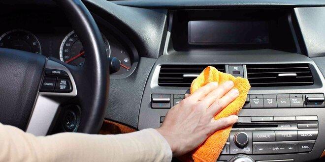Ruční mytí interiéru vozidla vč. tepování