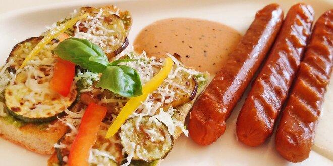 Vegetariánské párečky v bistru Govinda Delicious