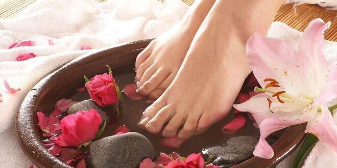 Relaxační Spa pedikúra růžovým olejem