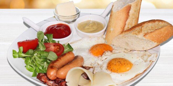 Vydatné snídaňové menu v kavárně Kolbaba