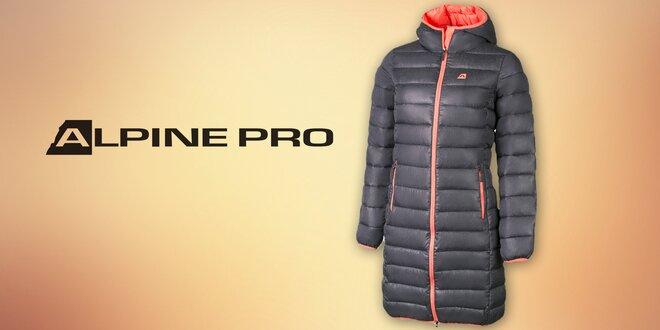 Zachumlejte se do hřejivého kabátu Alpine Pro