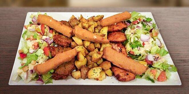 Masovo-sýrový talíř pro partu jedlíků