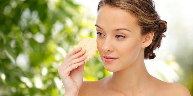 Relaxační a lymfatická masáž obličeje, krku a dekoltu