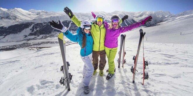 Předvánoční lyžovačka v srdci Savojských Alp