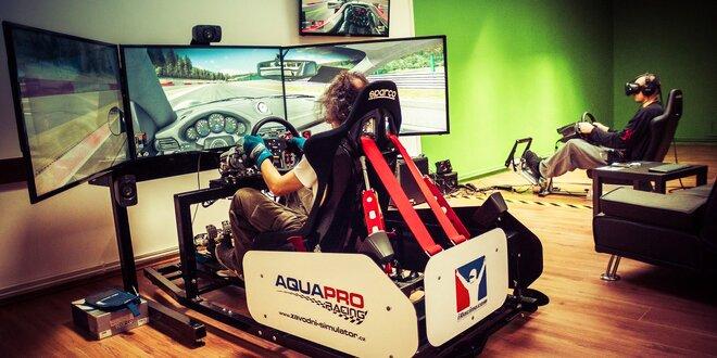 Autentická jízda v závodním simulátoru iRacing